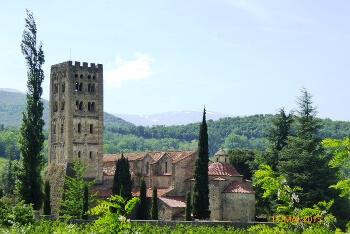 Activité touristique : Abbaye Saint-Michel de Cuxa - Location de vacances à Banyuls dels Aspres